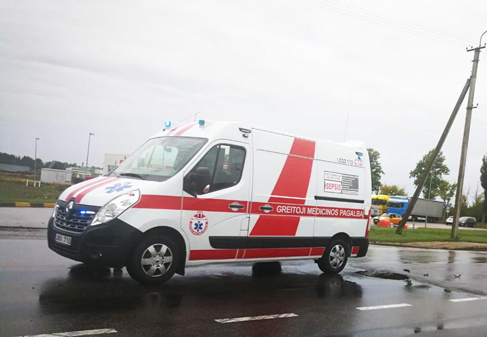 """Greitosios medicinos pagalbos paslaugų analizė rodo, kad pervežimų dėl gimdymų ir dirbtinės plaučių ventiliacijos sumažėjo kone 50 proc. """"Sekundės"""" nuotr."""