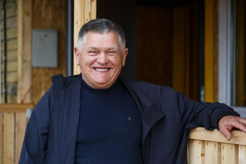Buvęs Naujamiesčio seniūno pavaduotojas Juozas Klioris – vienas iš dviejų Baibokėlių sodybų gyventojų. M. GARUCKO nuotr.