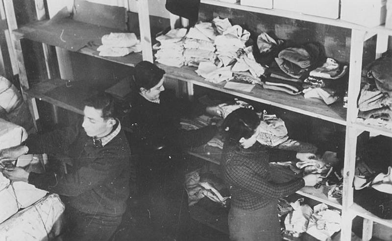 """1914-aisiais įsteigtos Jungtinėse Amerikos Valstijose """"Joint"""" organizacijos labdaringa veikla apėmė visus kraštus, kur tik gyveno žydai. Pradinis jos tikslas buvo palaikyti tautiečius Rytų Europoje ir gretimose valstybėse siaučiant Pirmajam pasauliniam karui. Tačiau pokario sunkumai taip prislėgė kai kurias žydų bendruomenes, jog paramos mastus teko didinti. """"YADVASHEM"""" nuotr."""