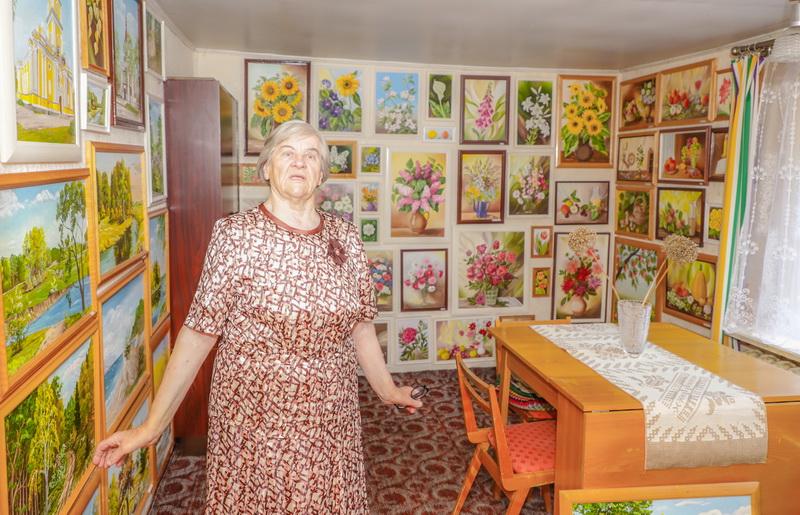 Dabar 82-uosius metus skaičiuojanti I. Šaduikytė pasakoja ir pati pensijos bijojusi, bet tik sulaukusi 64-erių atrado naują gyvenimo grožį – išmoko tapyti. I. STULGAITĖS-KRIUKIENĖS nuotr.