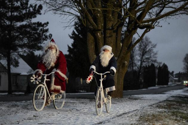 """Panevėžio rajono gyventojai """"karantinines"""" Kalėdas pasitinka kupini idėjų, kaip pašviesinti neabejotinai tamsiausių metų pabaigą sau ir kitiems."""