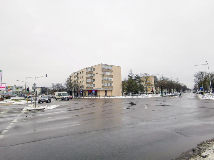 Nors optimalus šviesoforų tarnavimo laikas – 8 metai, Vilniaus ir J. Basanavičiaus gatvių sankryžoje eismą reguliuoja įrengtieji dar 1973-iaisiais. I. STULGAITĖS-KRIUKIENĖS nuotr.