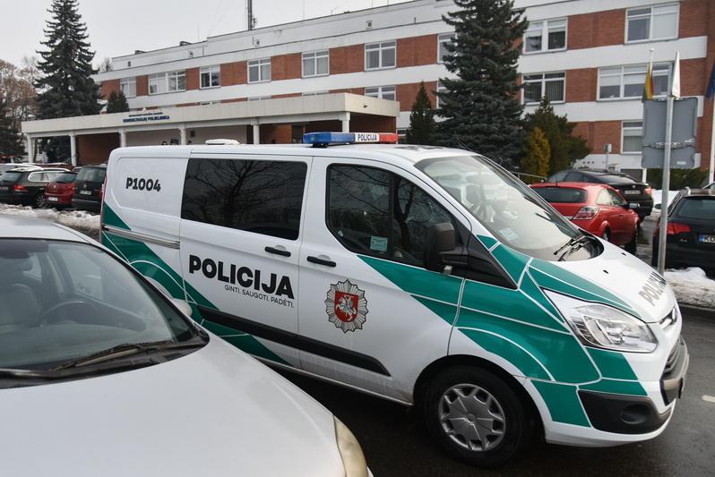 Nuo šių metų pradžios Panevėžyje policija užfiksavo jau 197 karantino taisyklių pažeidimus. P. ŽIDONIO nuotr.