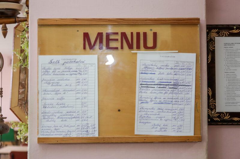 Laikas buvusio mėsos kombinato valgykloje sustojo sovietmetyje. I. STULGAITĖS-KRIUKIENĖS nuotr.