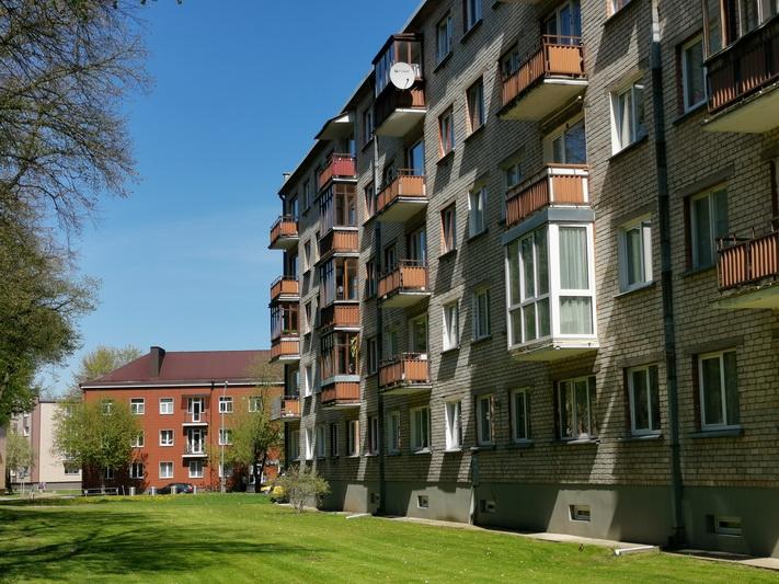 Vien per pusmetį Panevėžyje būstų kainos šoktelėjo 10–20 procentų, nors objektyvių priežasčių tokiam kainų šuoliui nematyti. I. STULGAITĖS-KRIUKIENĖS nuotr.