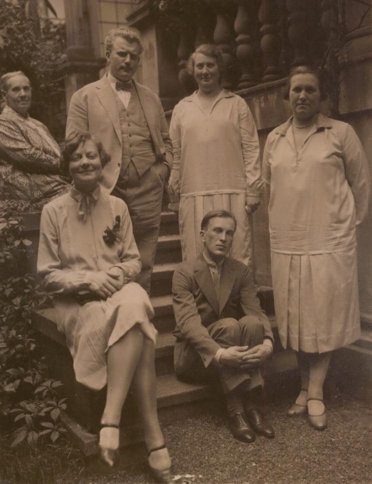 Juozas ir Marija Urbšiai Berlyne pasiuntinybėje. LCVA nuotr.
