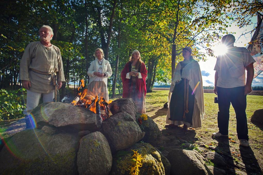 Strasbūro teismo sprendimas, pasak Gintaro Skumbino, romuviškių bendruomenei yra didelė pergalė, atverianti naujus kelius tradicijai gaivinti, skleisti ir pritaikyti kasdieniame gyvenime. G. SKUMBINO ASMENINIO ARCHYVO nuotr.