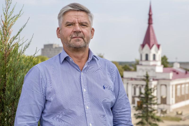"""M. Rimkevičaitės profesinio rengimo centro direktorius Tautvydas Anilionis kaltina apatinių aukštų kaimynus. """"SEKUNDĖS"""" nuotr."""