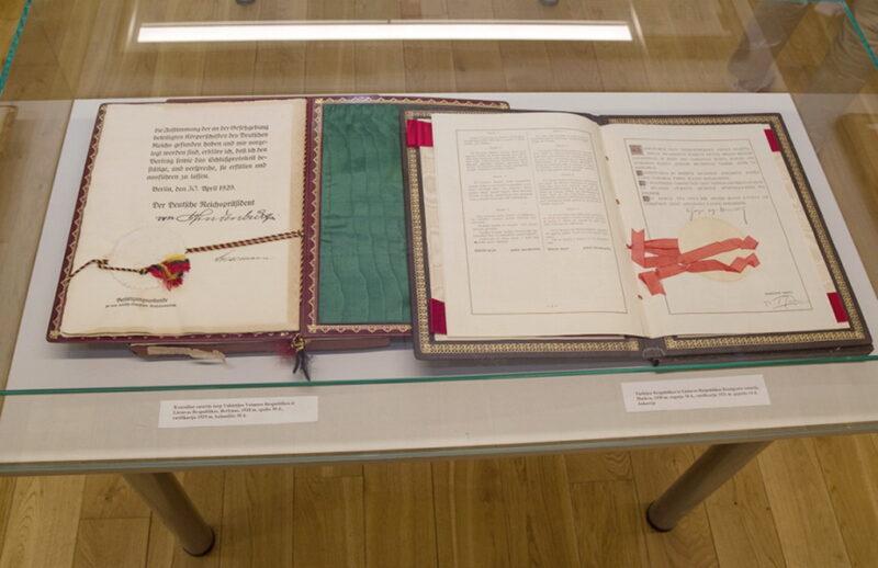 Į Lietuvą iš Kanados sugrąžintas tarpukario Užsienio reikalų ministerijos archyvas. URM (L. Dmuchovskajos) nuotr.
