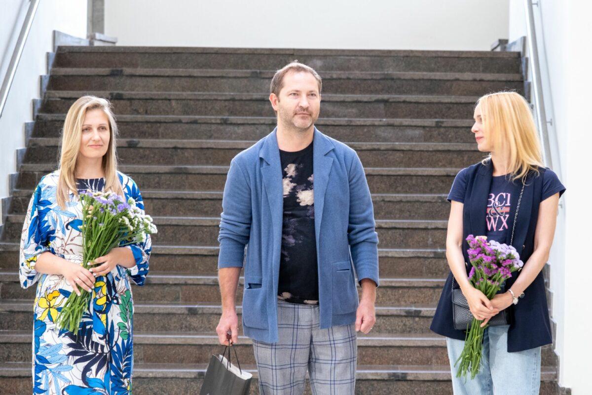 Parodą kaip tikrai vertą dėmesio įvertino į jos atidarymą atvykęs Daugpilio Marko Rothko menų centro direktorius Maris Čačka. V. Pečinino nuotr.