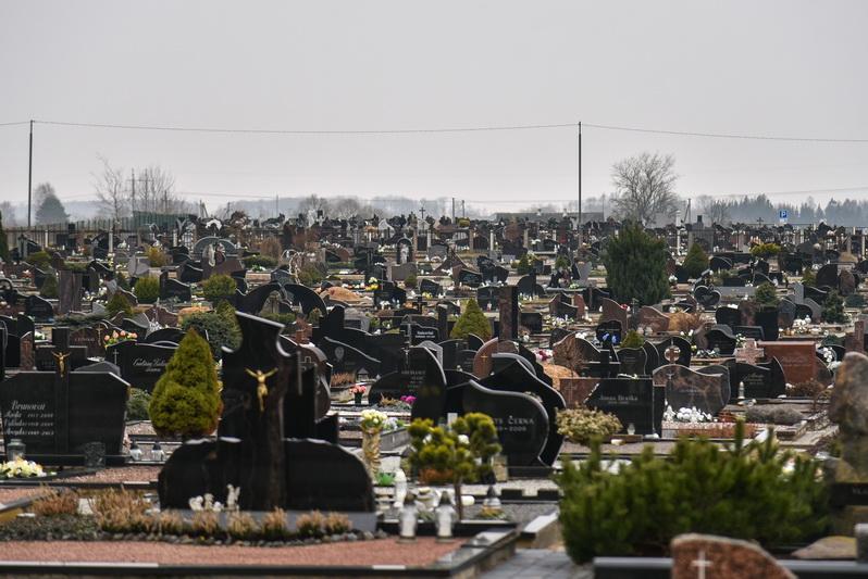 Greitas gyvenimo tempas koreguoja ir laidotuvių tradicijas. P. ŽIDONIO nuotr.